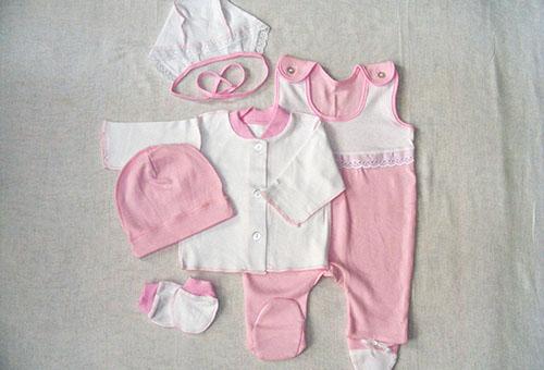 Летняя одежда для новорожденного