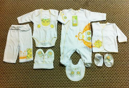 Как одеть новорожденного на выписку зимой, летом, весной, осенью