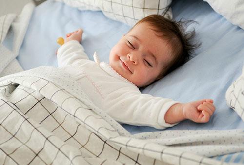 Как уложить ребенка спать без укачивания: для каждого свой метод