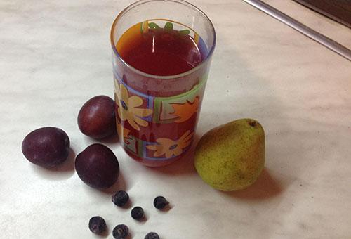 Напиток из слив и груш