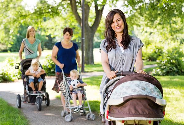 Летняя прогулка с маленькими детьми