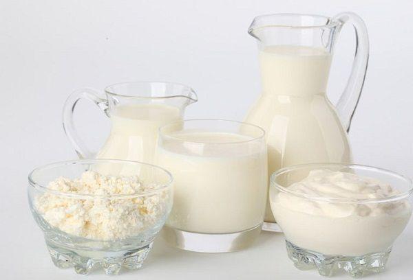 Молочные продукты при грудном вскармливании – можно или нельзя?