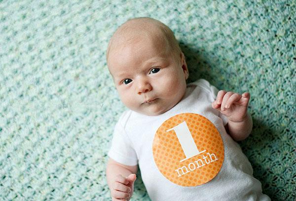 Первые дни жизни новорожденного: что нужно знать о развитии ребенка