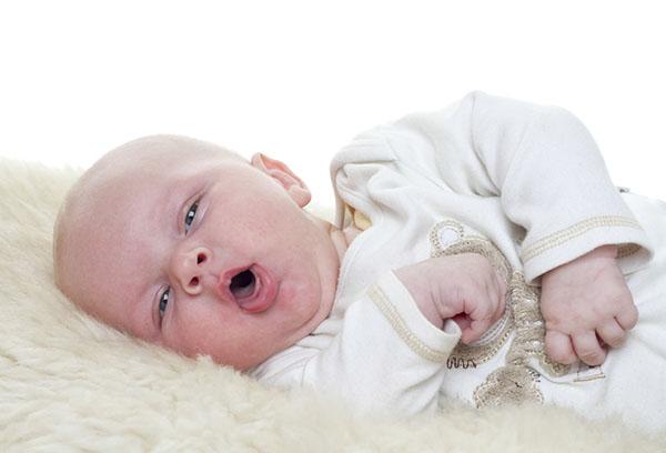 Сопли и кашель без температуры у ребенка: причины и лечение