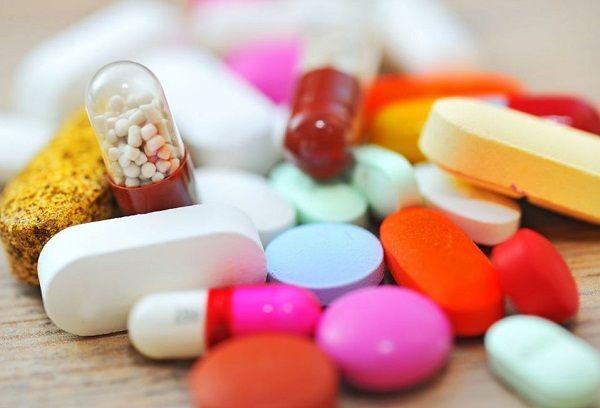 Антибиотики для детей при простуде: правила и особенности приема
