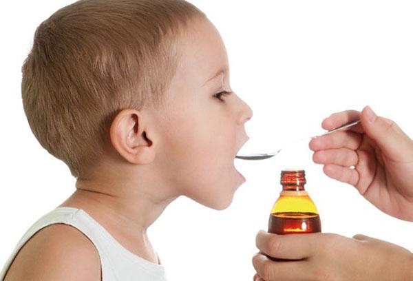Лечение ребенка от ларинготрахеита