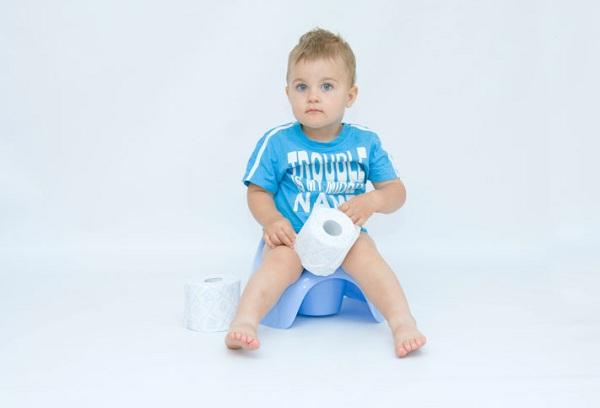недержание кала у ребенка