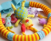 Самодельные игрушки для малыша