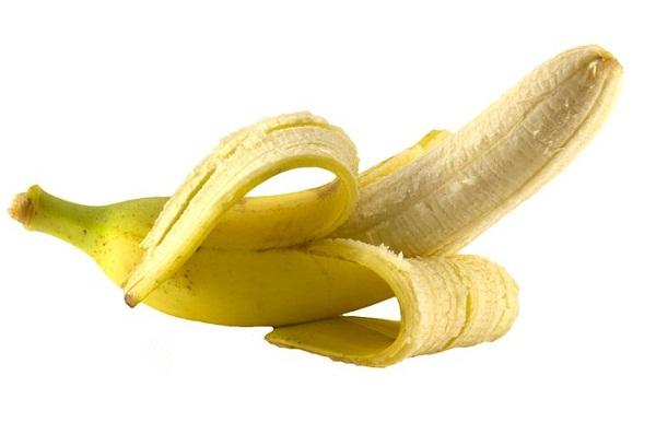 желтый банан