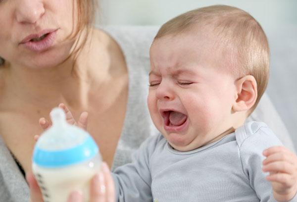 Кисломолочные смеси для новорожденных: какие лучше выбрать?