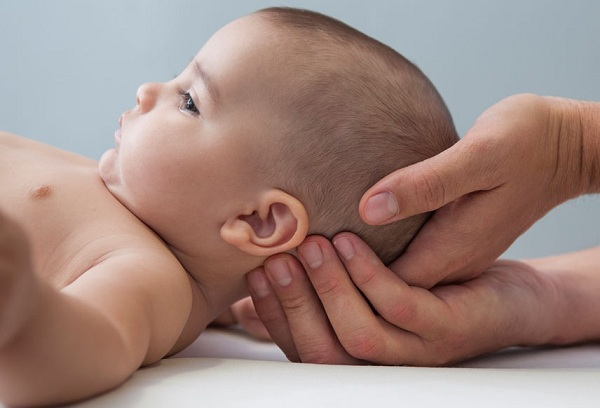 новорожденный младенец