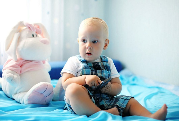 Развивающие игры для детей до года – когда начинать и как проводить?