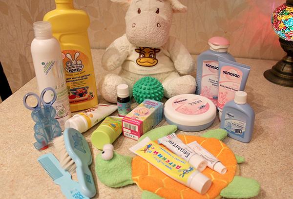 Средства по гигиеническому уходу за новорожденным