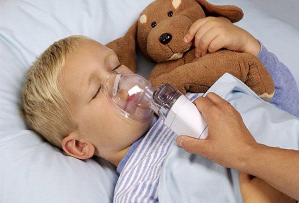 Применение ингалятора для спящего ребенка