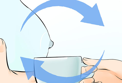 Сцеживание грудного молока