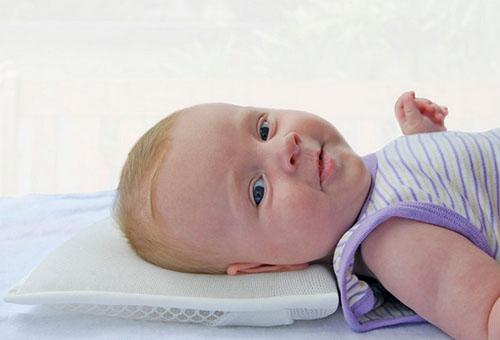 Подушка для детей от 6 месяцев до 2 лет