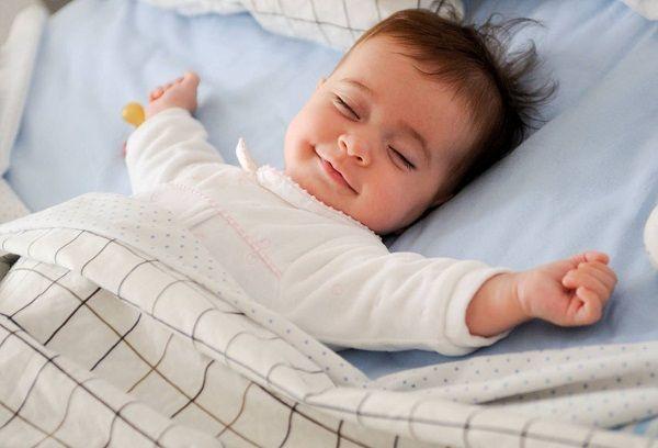 Спящий малыш