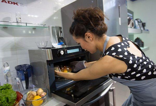 Приготовление пищи в микроволновке