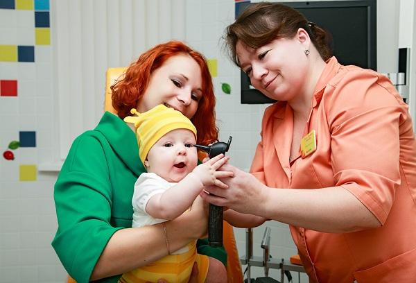 визит с малышом к неврологу