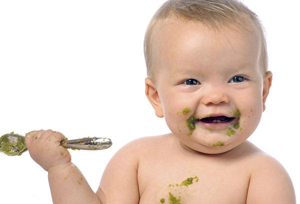 Малыш готов есть прикорм