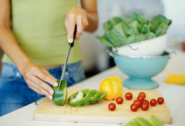 Нарезка овощей для салата