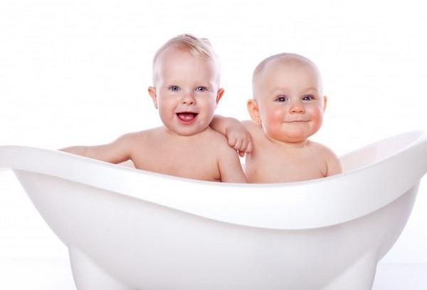 груднички в ванне