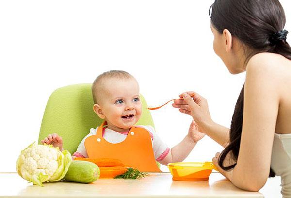 Кормление семимесячного малыша