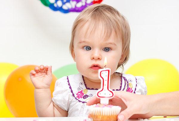 Девочке 1 год