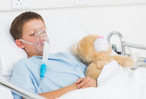 Ребенок с синдромом Рея