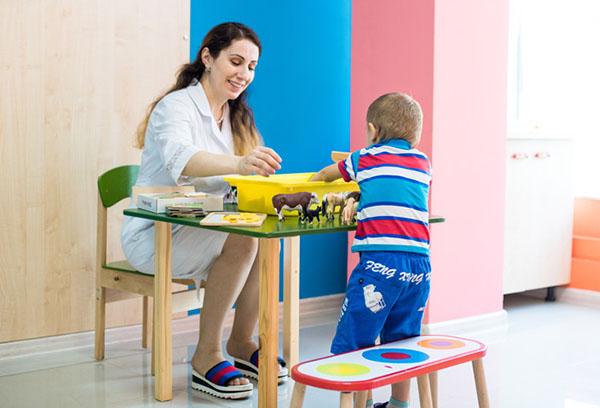 Развивающее занятие с ребенком
